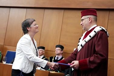 Souralová byla už podruhé za svou výzkumnou práci oceněna rektorem Masarykovy univerzity. Foto: Jiří Salik Sláma / Muni