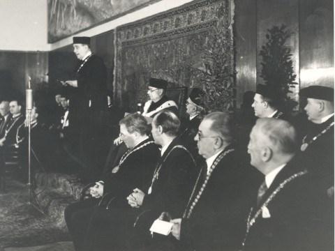 Promoce ministra zahraničí Jana Masaryka na čestného doktora Masarykovy univerzity 20. 1. 1948