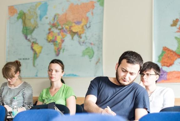 Studenti doktorských oborů, kteří nastoupili v jarním semestru, musí povinně absolvovat zahraniční výjezd. Ilustrační foto: archiv FSS