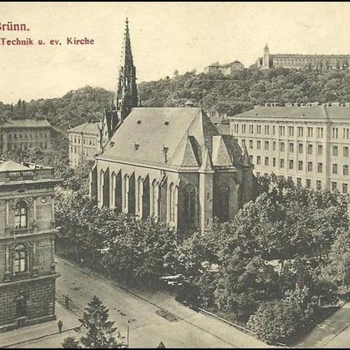 Dnešní budova FSS v roce 1912.