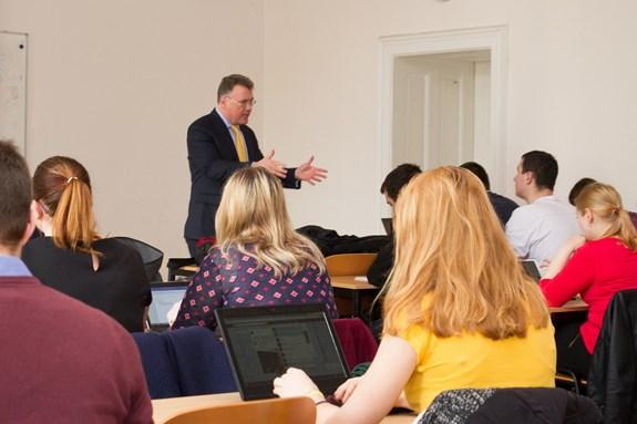 S profesorem Thayerem se studenti mohli setkat v předmětu Grand Strategy. Foto: Jana Sosnová