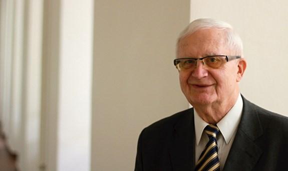 Vladimír Smékal byl v roce 1998 u vzniku fakulty sociálních studií. Foto: David Kohout