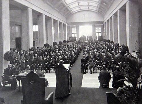 Vestibul Právnické fakulty v roce 1933