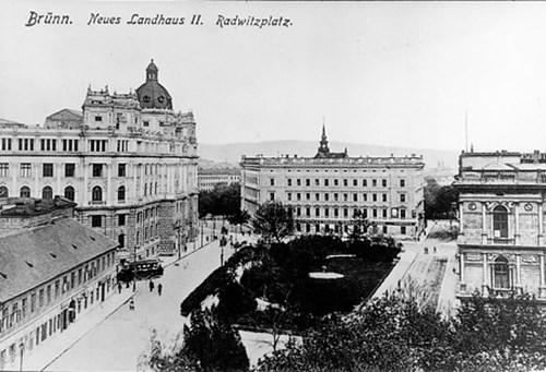 Kaunicův palác v roce 1908