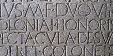Introduction to bad Latin according to misspelt inscriptions