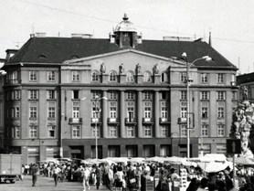 Building on Zelný trh