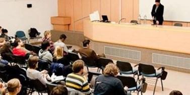 Zúčastněte se konferencí, seminářů, kolokvií