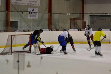 Hokejisté HC Masaryk University se na ledě připravují dvakrát týdně. Foto: Eva Bartáková