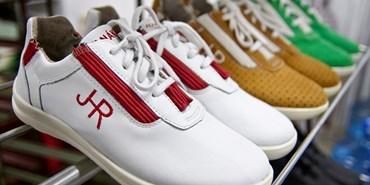Biomechanická obuv pro zdravější chůzi