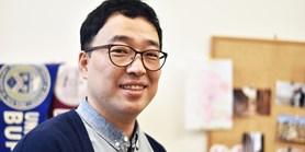 Korejští studenti jsou pod tlakem, zato v Česku je čas relaxovat, tvrdí vyučující Tae-Sik Kim