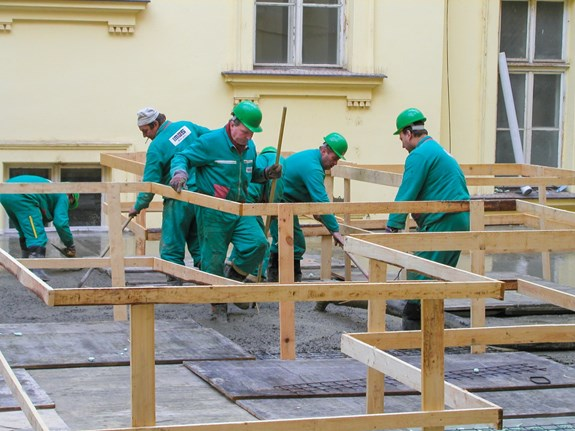 První tajemník vedl rekonstrukci dnešního Atria Iva Možného i knihovny. Foto: archiv FSS