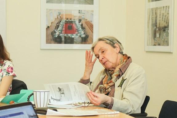Hana Librová nerada přednáší, ale ráda diskutuje v seminářích. Foto: Marie Drahoňovská