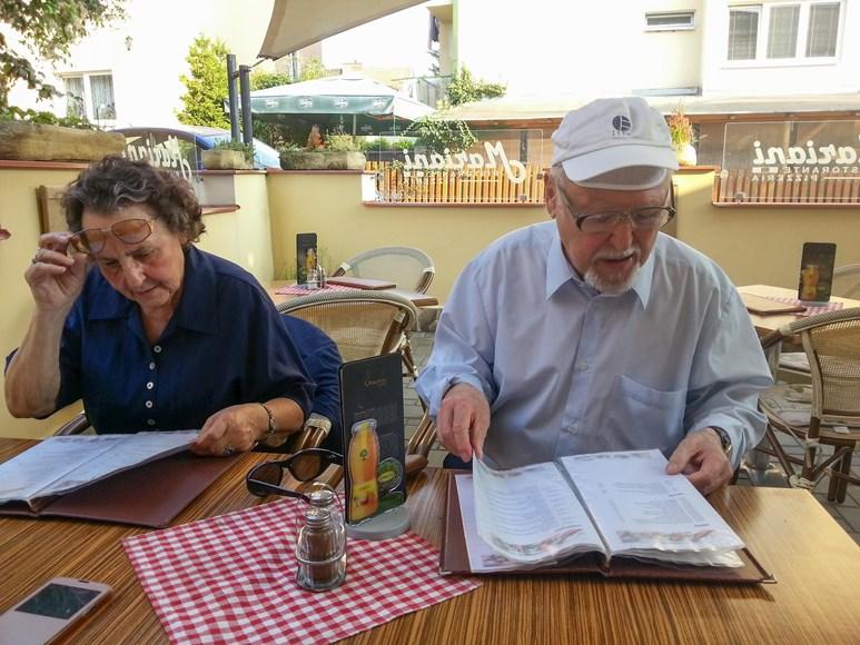 Ivo Plaňava s manželkou jsou spolu už šedesát let. Foto: archiv Ireny Šléglové
