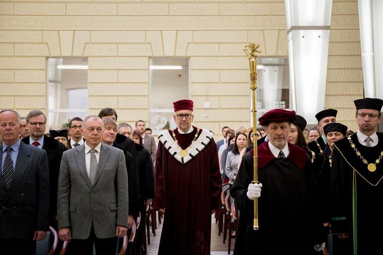 Oslav se zúčastnil i rektor Masarykovy univerzity Mikuláš Bek. Foto: David Kohout