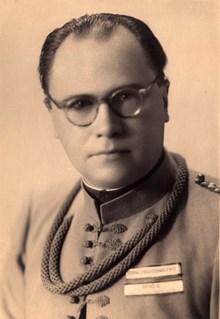 Vladimír Groh v sokolském kroji. Zdroj: Archiv MU.