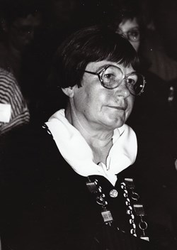 Jana Nechutová as a dean of the Faculty of Arts. 1995. Source: Archive of MU.