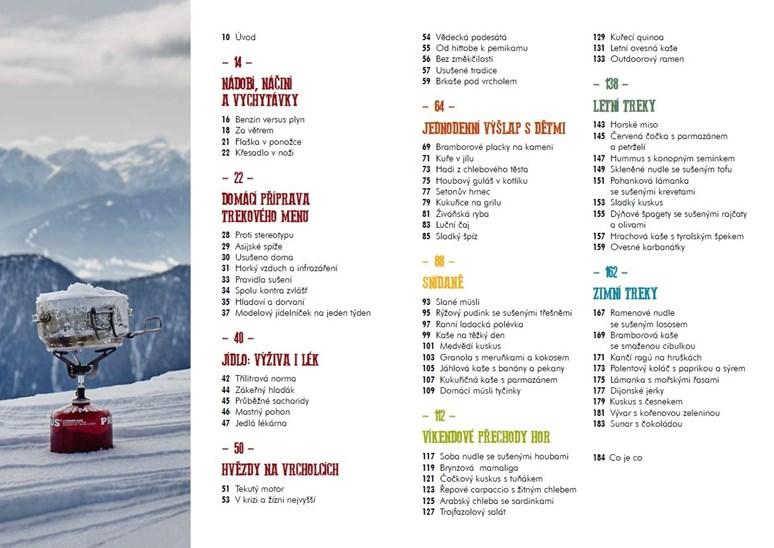 Outdoorová kuchařka obsahuje recepty na zimní výpravy i výlety s dětmi. Foto: Smart Press