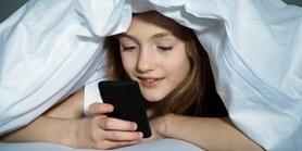 A quarter of children receive erotic photos