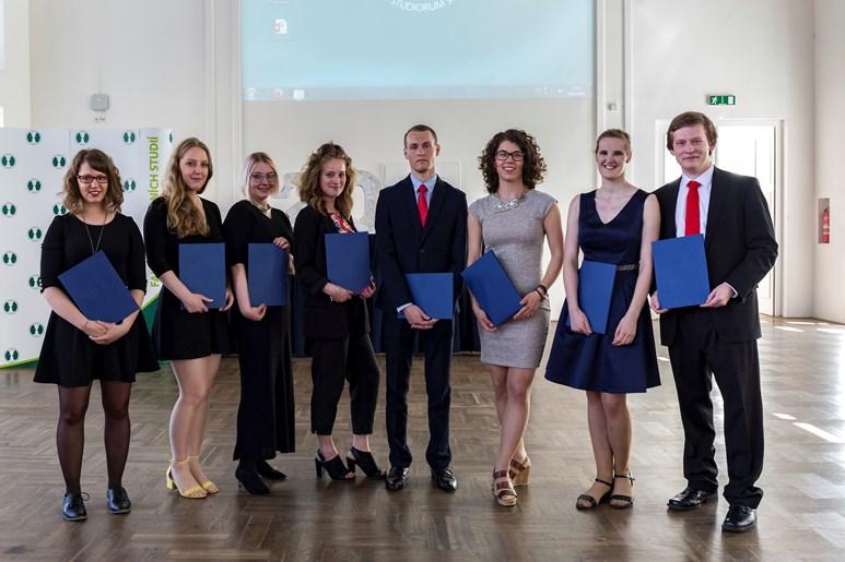 Pro stipendium I. A. Bláhy si Křivánková přišla společně s dalšími osmi studenty. Foto: David Kohout