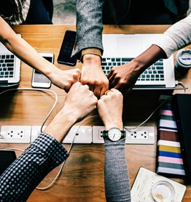 Komunikace a spolupráce