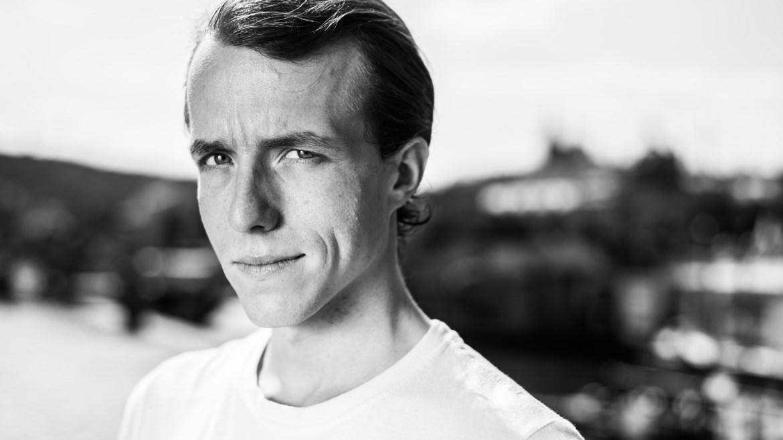 Herec Viktor Zavadil, host debaty k filmu Jan Palach, 11.12.2018 od 20:30 hod.