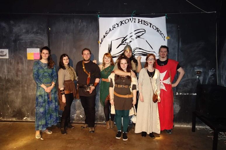 Každoroční Historická párty v dobových kostýmech (VÍCE ZDE)