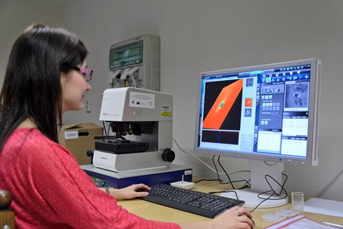 ceplant-confocal_laser_microscopy4.jpg