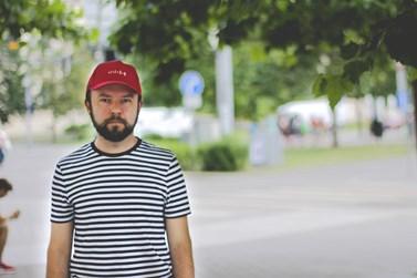 Biler pracuje v kanceláři veřejného ochránce lidských práv. Foto: Helena Havranová