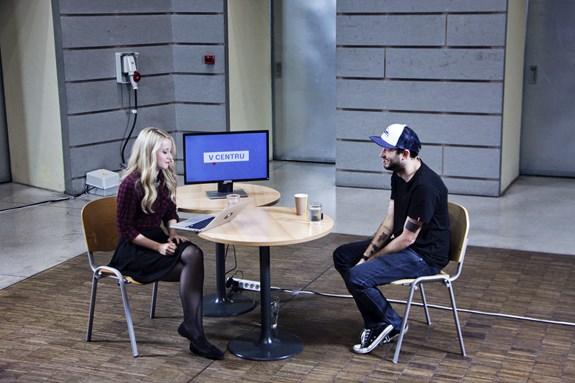 Televize Seznam natočila na fakultě sociálních studií jeden díl pořadu V centru. Foto: Anna Absolonová