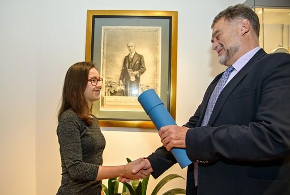 Dominika Sladká získala za svou bakalářskou práci Cenu Edvarda Beneše. Foto: Ladislav Řižák