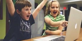 České děti se chodí na internet bavit