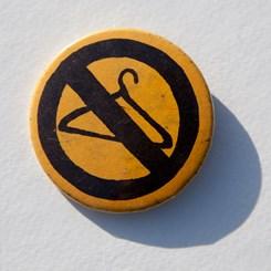 Foto: Ramínko – znak černého protestu, Pxhere, CC BY 2.0