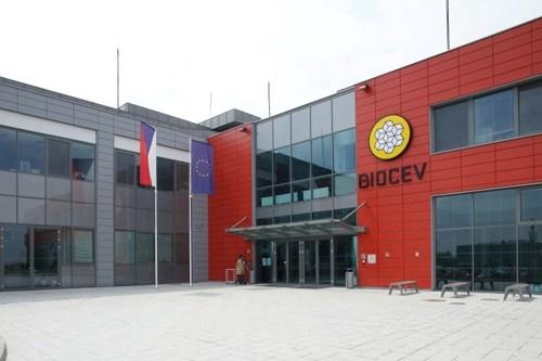 Biocev budova 2.jpg
