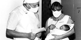 První československé dítě ze zkumavky