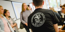 Hromadná objednávka ústavních triček