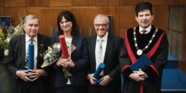 Zlaté a stříbrné medaile rektora