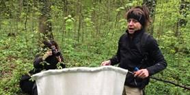 Přírodovědci zkoumají aktivitu a nakažlivost klíšťat