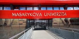 Lékařské fakulty v ČR chtějí studentům uznat jejich pracovní nasazení jako praktickou výuku