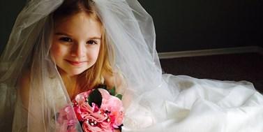 Německo: Přichází doba legalizování dětských sňatků?