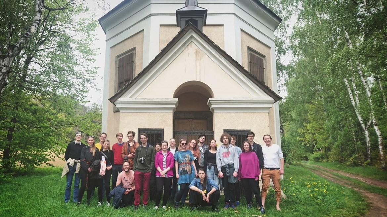 FAV/ENGERS u kaple sv. Karla Boromejského