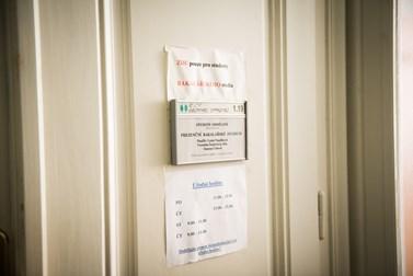 Studijní oddělení má svá pravidla, které je podle referentek potřeba dodržovat. Foto: Tomáš Hrivňák