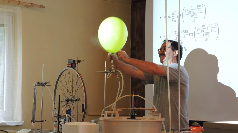 Pozoruhodné experimenty, které jinde neuvidíte