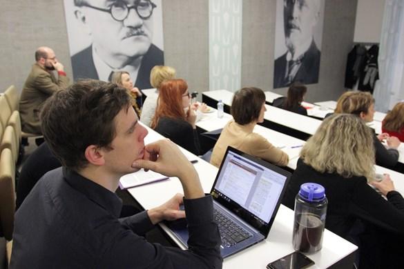 Navštěvujte kurzy se studenty