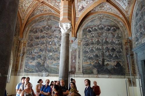 17 Nejen Antikou Živ Je Klasik (S. Lorenzo Maggiore)
