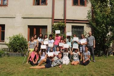 Letní školy environmentalistiky se zúčastnilo třináct středoškoláků. Foto: Marie Drahoňovská