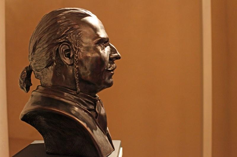 Bronzový odlitek busty barona Trencka
