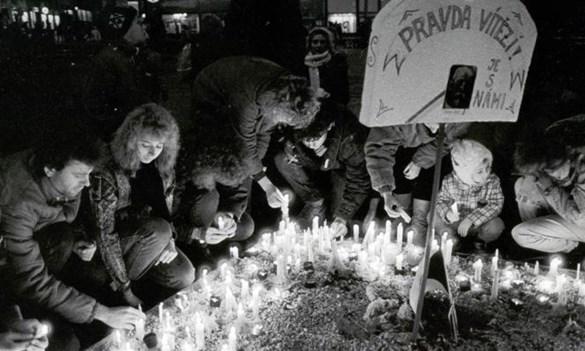Akce na Masarykově univerzitě připomenou obě listopadová výročí