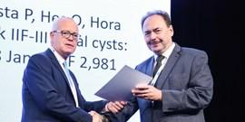 Nejlepší vědeckou publikaci za rok 2018 v kategorii A získal prof. Pacík a kol.