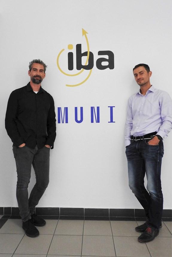 """""""Největší výhodou je pro nás značka univerzity,"""" říkají Petr Brabec a Daniel Schwarz (vpravo)"""