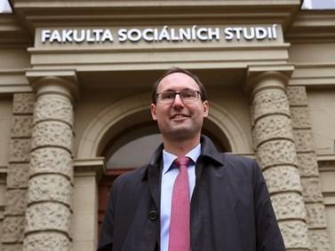 Břetislav Dančák doufá v leaderské schopnosti nastupujícího děkana. Foto: Jiří Salik Sláma